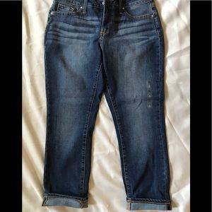 ANA Ankle Skinny Jeans